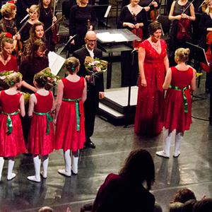 Sinfonia Heist Nieuwjaarsconcert Diamond Symphonic Joke Cromheecke Joris Derder Vocaal Ensemble Ballet Dans Academie André Walschaerts Rudy Van Hool Lydia Van den Berckt