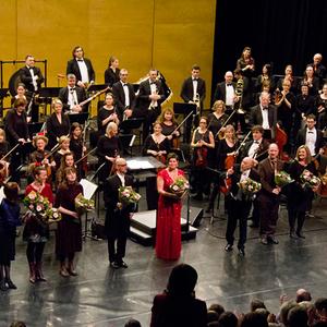 Sinfonia Heist Nieuwjaarsconcert Diamond Symphonic Joke Cromheecke Joris Derder Vocaal Ensemble André Walschaerts Rudy Van Hool Lydia Van den Berckt